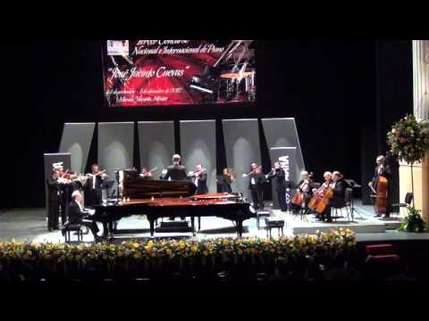 Bach: Concerto for Keyboard in D major, BWV 1054.wmv