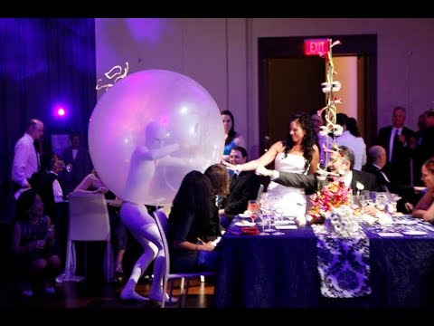 tlc-four-weddings-unique-entertainment-featuring-balloon-performer-&-more....