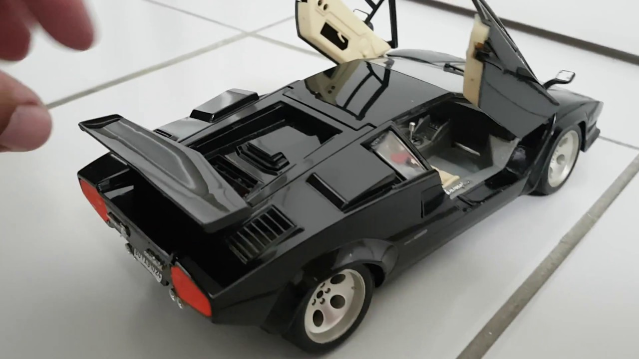 Lamborghini Countach Burago 1 18 Replica Youtube