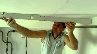 видео Визуальное выравнивание потолка за «копейки»