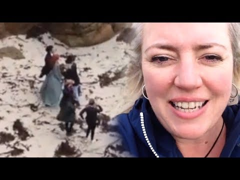 Filming Poldark Series 4  AIDAN TURNER & ELEANOR TOMLINSON  SPOTTED Porthgwarra