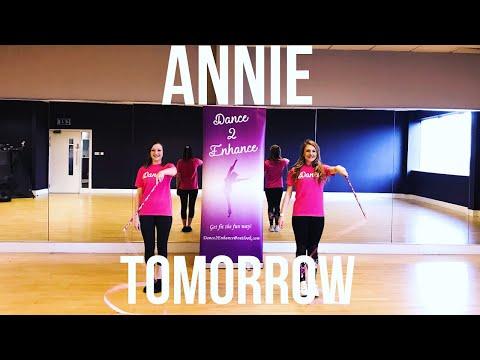 Annie 'Tomorrow' Kids Dance Routine || Dance 2 Enhance Academy