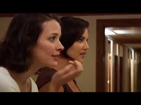Amy Acker: 2 Girls, 1 CupSize