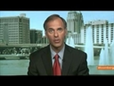 Mark Zandi Expects U.S. to Get by `Crisis of Confidence'