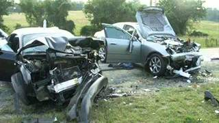 Фото аварий, разбитых в хлам машин