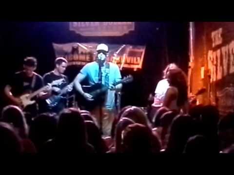 Willie 3rd Street @Silver Dollar Saloon