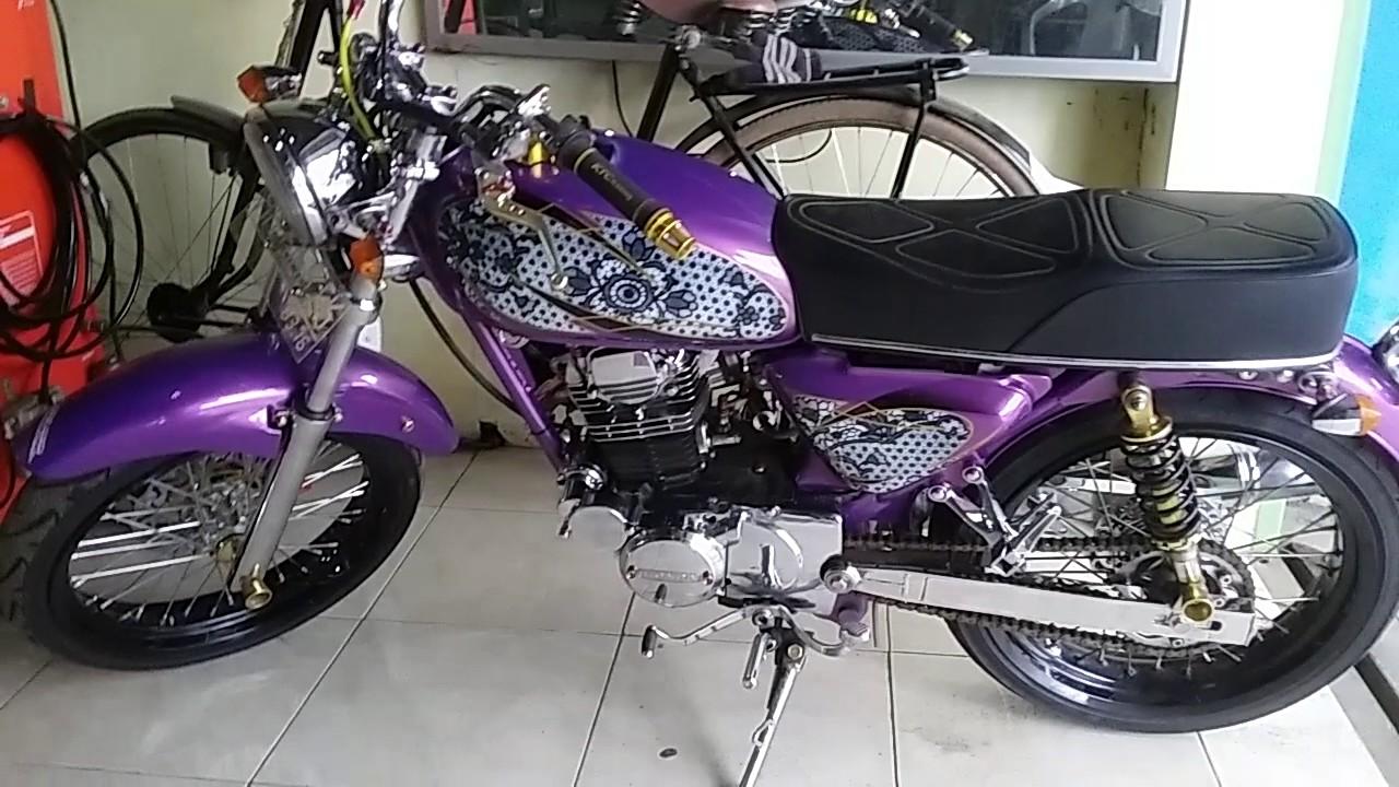 Keren Modifikasi HONDA CB 100 Warna Ungu Airbrush Batik Dan Plat