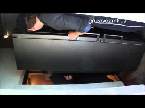 Перевозим высокий холодильник.Грузоперевозки Николаев, услуги грузчиков.