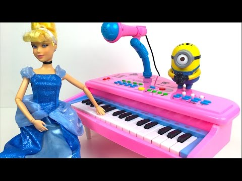 FUNNY LOVELY WORKER MUSIC ELECTRIC GRAND PIANO WITH MICROPHONE TONES & CINDERELLA MINIONS -UNBOXING