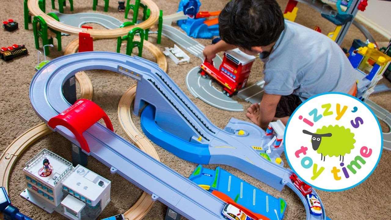Thomas And Friends With Thomas Train Tomica Hot Wheels