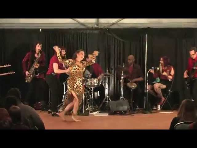 Ishtar at Art of the Belly 2014