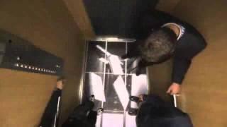 Жесткий прикол с отсутсвием пола в лифте