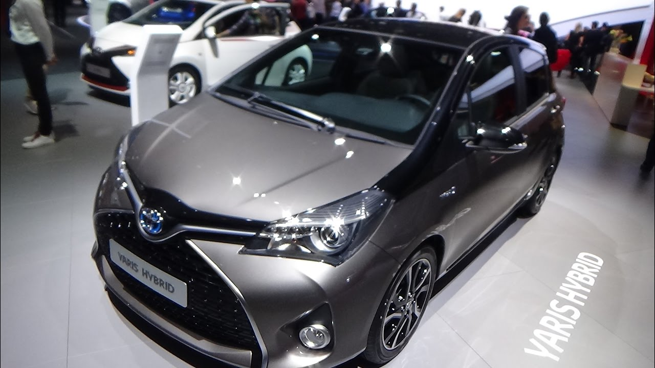 2017 Toyota Yaris Hybrid  Exterior and Interior  Paris Auto Show