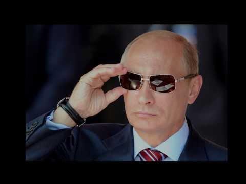 Vladimir Putin Reviews His PC