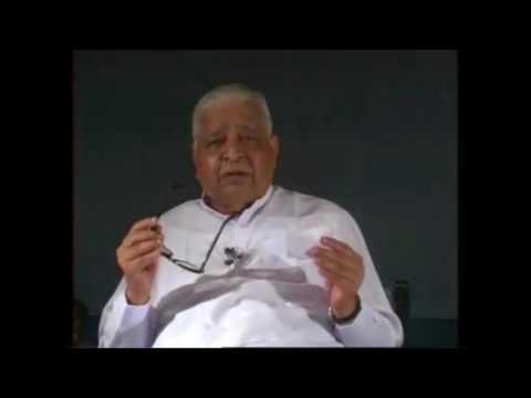 Difference Between Vipassana & Patanjali Yoga Sutra By Acharya S.N. Goenka [English Sub]