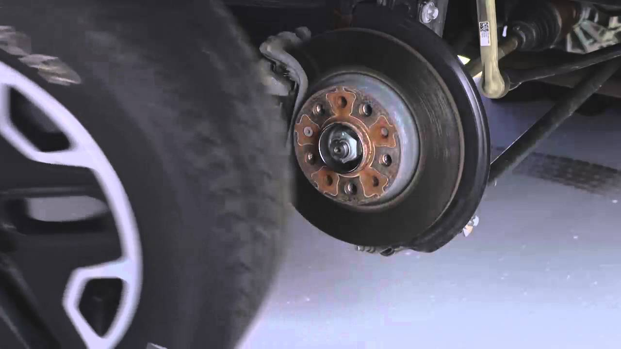 2016 Jeep Renegade Jacking And Tire Changing Youtube