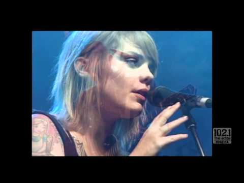 Bedouin Soundclash with Coeur De Pirate - Brutal Hearts (Live at the 2011 CASBY Awards)