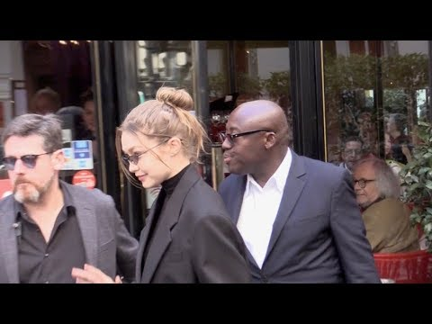 EXCLUSIVE : Gigi Hadid coming out of the Marco Polo restaurant in Paris