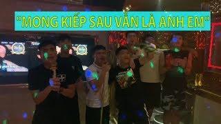 Quang Hải, Tiến Dũng, Văn Hậu, Đức Chinh...TRA TẤN phòng karaoke