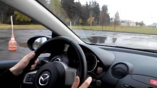 Управление автомобилем для девочек - движение задним ходом