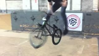 Crazy BMX Trick- Dan Kruk