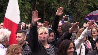 """Fascismo, duemila in corteo a Predappio. Alcuni nostalgici: """"Oggi appoggiamo Salvini"""""""