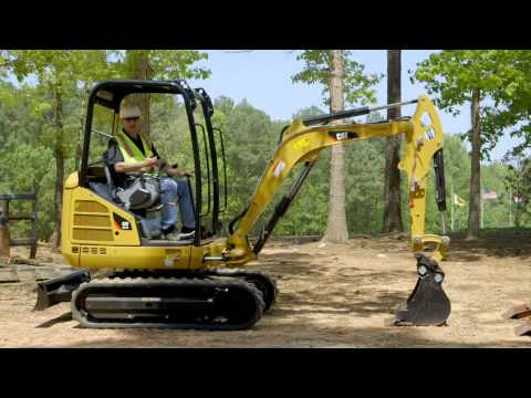 Cat® Mini Excavator Operating Tips: Blade Positioning