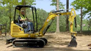 Cat® Mini Excavator Operating Tips: Blade Positioning
