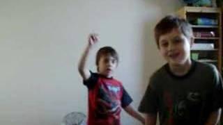 Kids Dancing to Mambo No.5