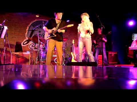 Rebecca Bird Live At Buddy Guy's Legends Club Chicago