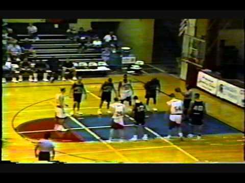 Andy Smith University of Hawaii @ Hilo hits 7 treys 1996.wmv