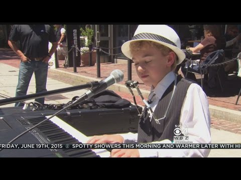 Robi On The Road: Faneuil Hall's 12-Year-Old 'Piano Man'