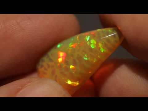 Ethiopian Welo Natural Orange Harlequin Opal Cabochon Honeycomb Fire #1352