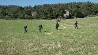 Bimbo scomparso nel Mugello, le ricerche con elicotteri e cani molecolari