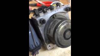 Video 2005 Nissan Maxima ABS Module download MP3, 3GP, MP4, WEBM, AVI, FLV Juli 2018