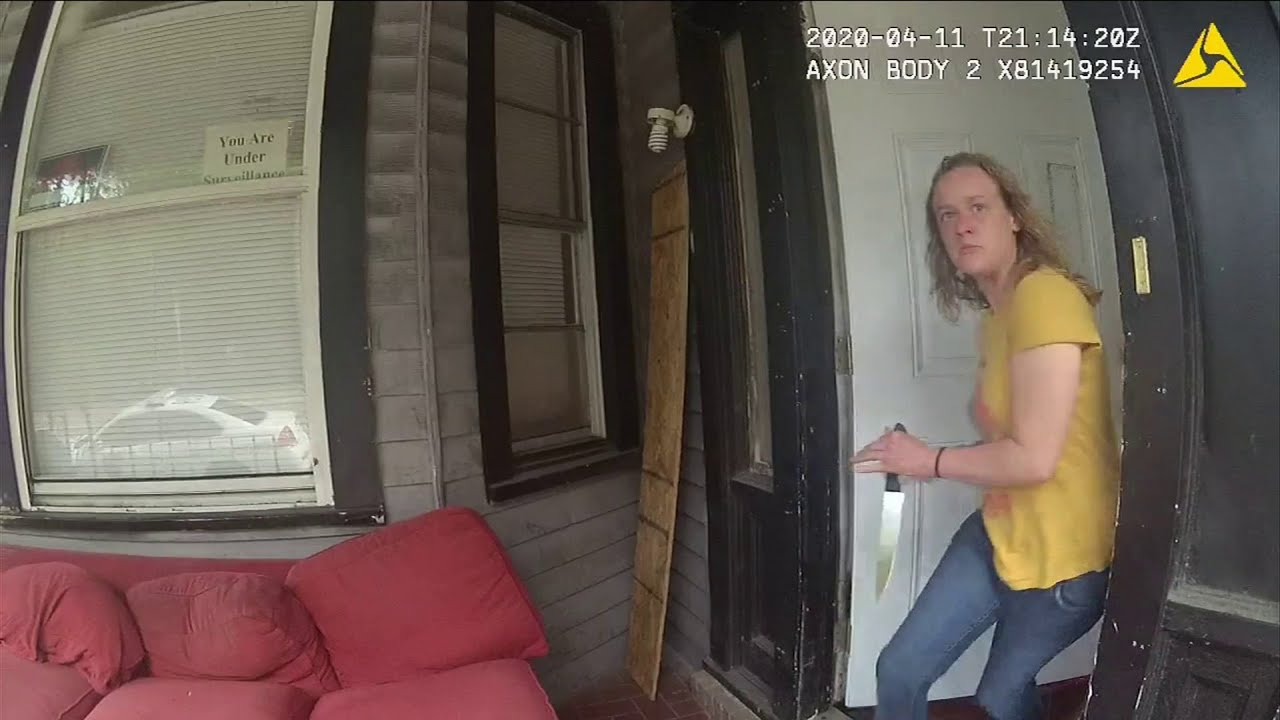 Download Body cam: Knife-wielding woman killed after stabbing Jacksonville officer
