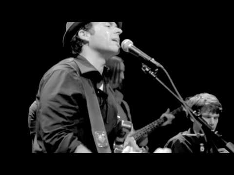 Mike Mangione & The Union -Somewhere Between