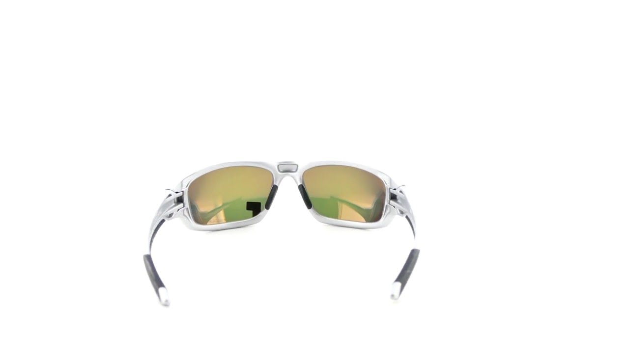 3b9b9455dd Oakley Valve Silver Fire Iridium Polarized - OO9236-07 - YouTube