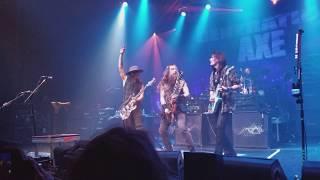Nuno Bettencourt, Zakk Wylde, Steve Vai-Still got the Blues (GENERATION AXE)
