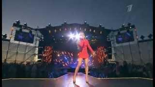 Юлия Савичева - Если в сердце живет любовь (Live)