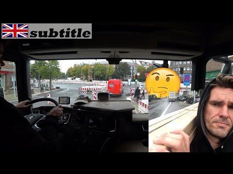 Hamburg belvárosában kamionnal