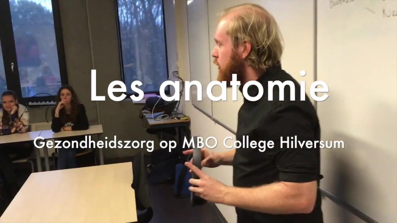 Anatomie les met onze HoloLens - Gezondheidszorg MBO College ...