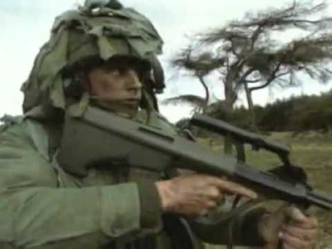 Top 10 Combat Rifles: No.7 Steyr Aug (Stg77)