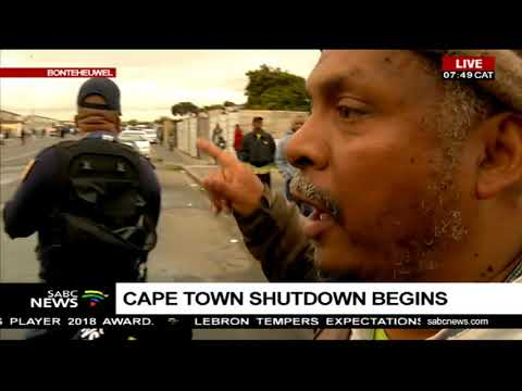 UPDATE: Scenes of chaos at the Cape Town shutdown protest