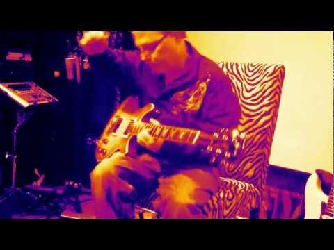 Guitar Lesson Portland and Vancouver Wa - Call Alex 360 891 7888 http://www.foxstudio.tv