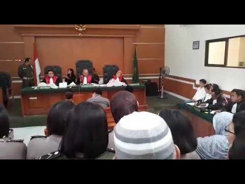jalannya sidang ke 8 first travel di PN Depok, Rabu (21/3/2018)