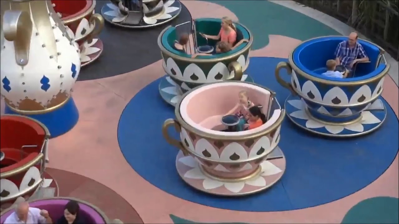 Tea Cup - Attraktion in Kernis Familienpark im Wunderland ...