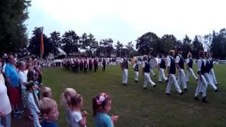 Schützenfest in Lippstadt-Cappel 2015: Fahnenmarsch Teil 1