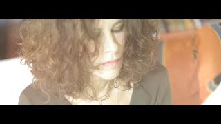 Ελευθερία Αρβανιτάκη - Μη Με Φωνάξεις | Eleftheria Arvanitaki - Mi Me Fonaxis (Official Music Video)
