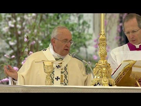 Thế Giới Nhìn Từ Vatican 02/04 – 08/04/2015: Tam Nhật Thánh  & Lễ Phục Sinh tại Vatican